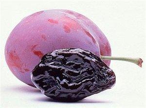Слива фрукты для беременных 28