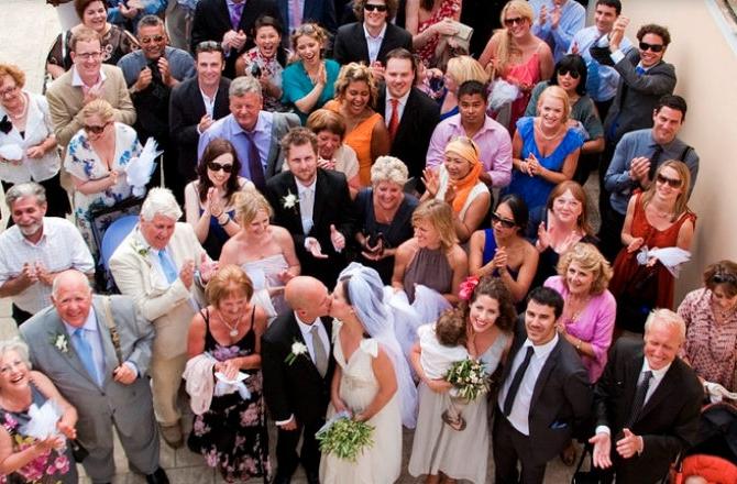 представление гостей для поздравления молодых на свадьбе