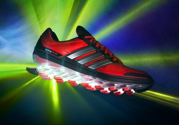 Линия кроссовок adidas springblades