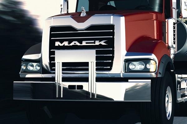Аккумуляторы, моторное масло для грузовиков – не забываем ни об одной «мелочи»!