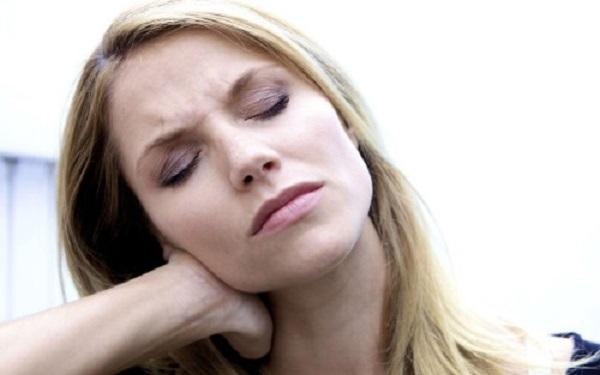Шейный остеохондроз. Основные симптомы