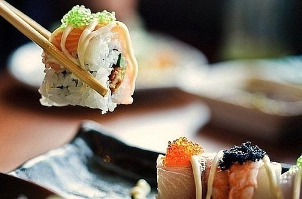 Суши и роллы — деликатес или ежедневный рацион?