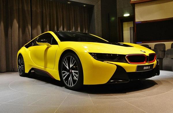 Стоимость BMW i8 в России