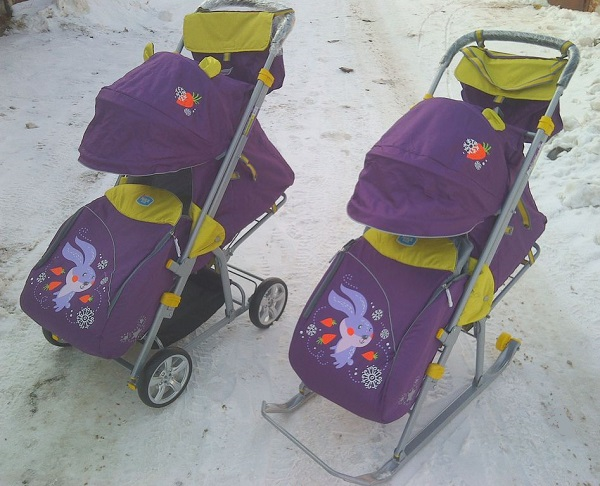 Санки коляска – лучшая вещь для прогулки с малышом зимой