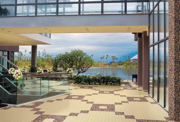 Важные рекомендации по укладке плитки под мозаику при декоре поверхностей