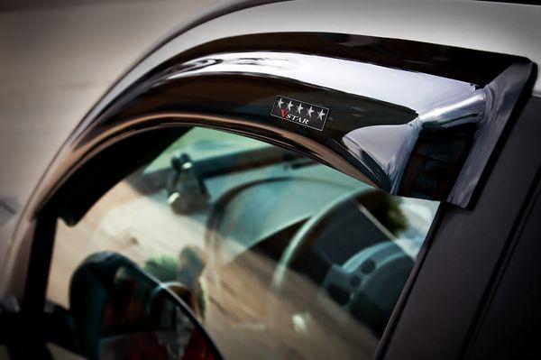 Ветровики на окна автомобиля: как установить