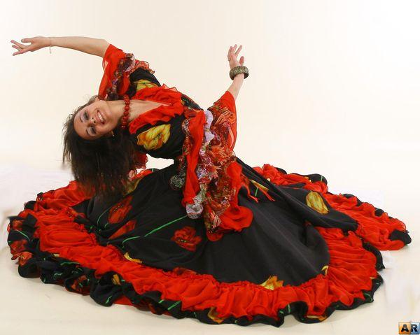Цыганский стиль в белорусской одежде